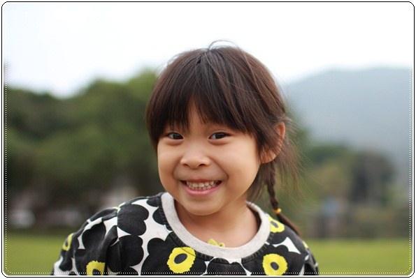 【小猴媽❤大創】 宛如夢幻婚禮般的粉嫩春日野餐 at 南港公園 (12).JPG