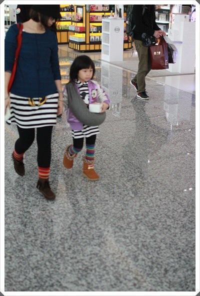 2015冬遊日本。六天3套保暖又好看的母女裝穿搭分享 (1).JPG
