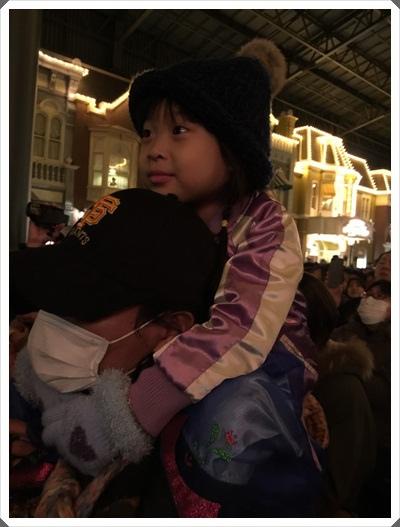 2015冬遊日本。東京迪士尼樂園之安娜與艾莎的冰雪夢幻 (159).jpg