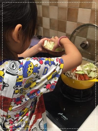 【親子。小廚房】漫長暑假是培養小小廚神的大好時機!! (19).jpg