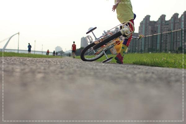 ﹝4Y8M4W2D﹞美堤河濱公園騎單車去 (34)