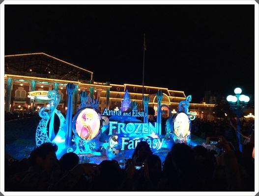 2015冬遊日本。東京迪士尼樂園之安娜與艾莎的冰雪夢幻 (173).jpg