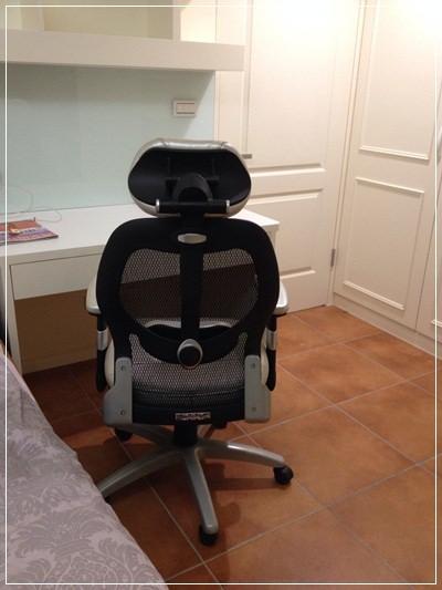 【小猴媽❤佈置】要舒適還是要外觀!宅男工程師最愛的OA辦公椅之選擇~鷹牌專業級椅群 THE OLDEST EAGLE BRITISH (11)