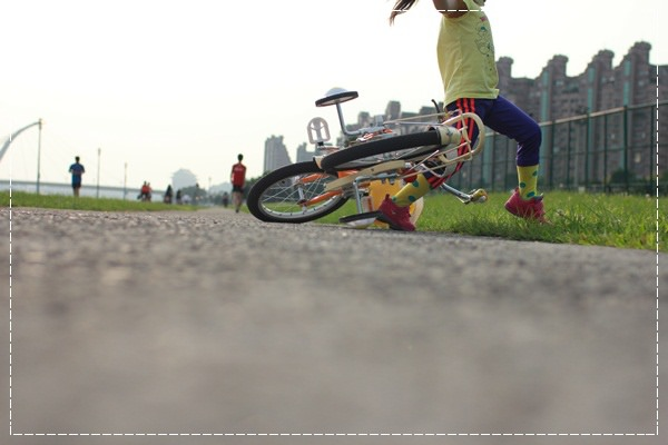 ﹝4Y8M4W2D﹞美堤河濱公園騎單車去 (35)