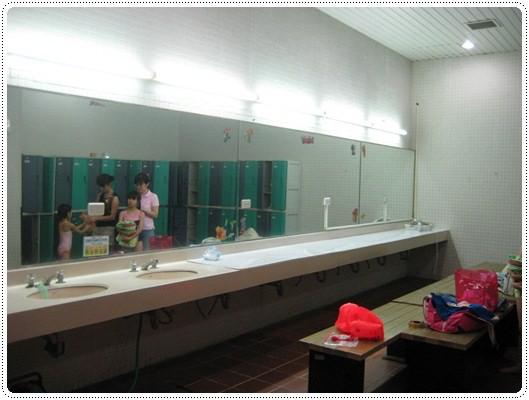 迎接夏天的來臨◎台北市兒童游泳教學&游泳池大評比 (58)