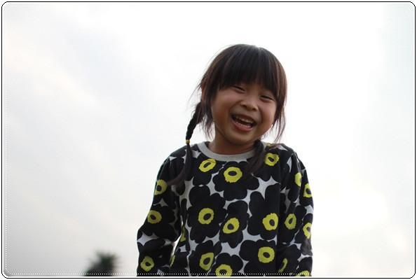 【小猴媽❤大創】 宛如夢幻婚禮般的粉嫩春日野餐 at 南港公園 (108).JPG