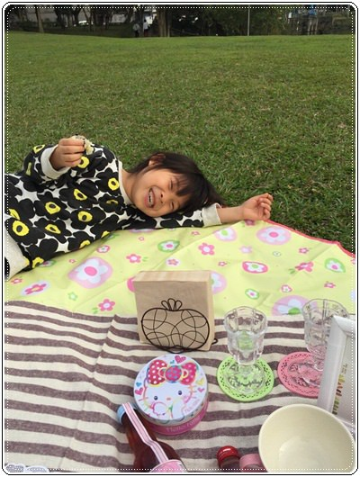 【小猴媽❤大創】 宛如夢幻婚禮般的粉嫩春日野餐 at 南港公園 (153).jpg