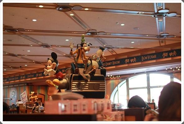 2015冬遊日本。東京迪士尼樂園之安娜與艾莎的冰雪夢幻 (15).JPG