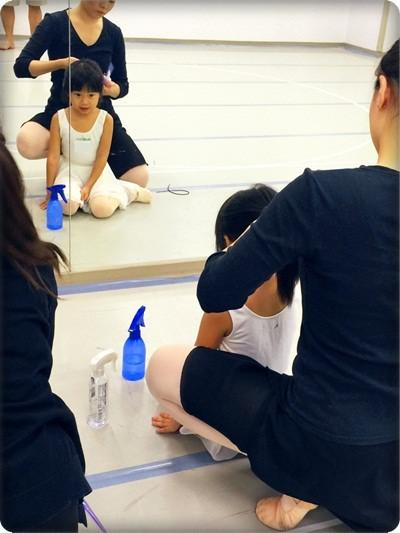 安娜愛舞蹈✿‿✿站在窗台前看啊看~終於成為天鵝姐姐囉!◎雲門專業舞蹈基礎班 (2).jpg