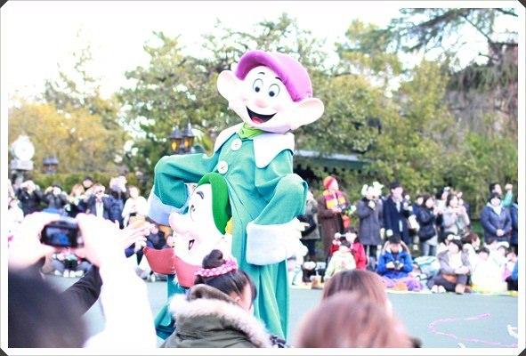 2015冬遊日本。東京迪士尼樂園之安娜與艾莎的冰雪夢幻 (69).JPG