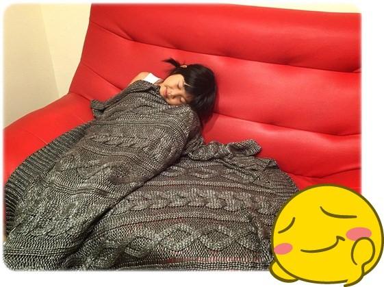 【小猴媽❤佈置】HOLA。溫暖直通心房的HH金屬光澤編織毯 (9).jpg