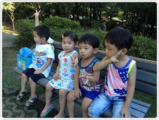 迎接夏天的來臨◎台北市兒童游泳教學&游泳池大評比 (51)