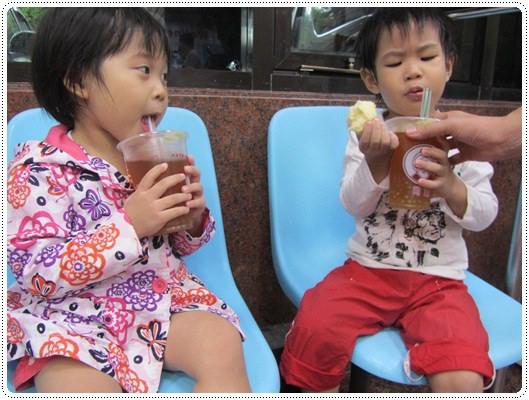迎接夏天的來臨◎台北市兒童游泳教學&游泳池大評比 (18)