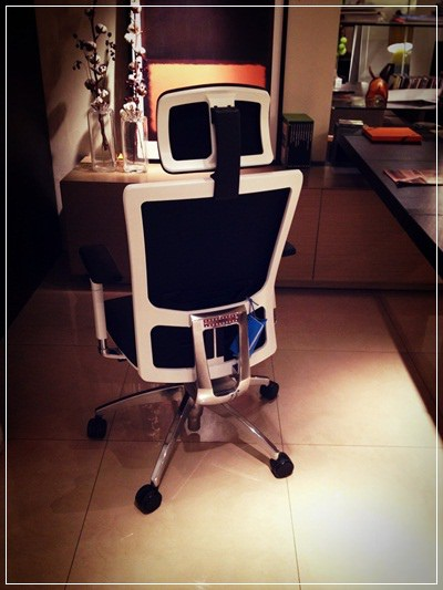 【小猴媽❤佈置】要舒適還是要外觀!宅男工程師最愛的OA辦公椅之選擇~鷹牌專業級椅群 THE OLDEST EAGLE BRITISH (4)