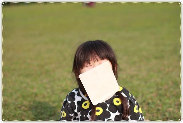 【小猴媽❤大創】 宛如夢幻婚禮般的粉嫩春日野餐 at 南港公園 (66).JPG