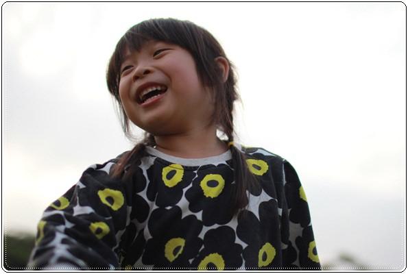 【小猴媽❤大創】 宛如夢幻婚禮般的粉嫩春日野餐 at 南港公園 (111).JPG