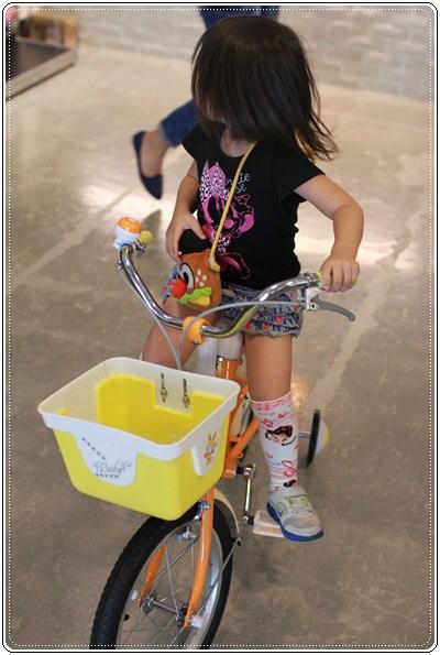 滑板車界ㄟ超跑◎瑞士Micro Maxi T-bar就在捷世樂單車休閒 JESLER BICYCLES (23)