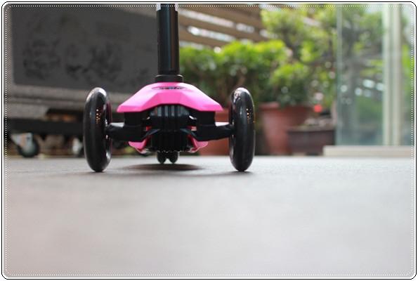 滑板車界ㄟ超跑◎瑞士Micro Maxi T-bar就在捷世樂單車休閒 JESLER BICYCLES (64)