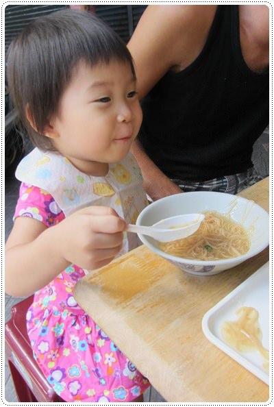 迎接夏天的來臨◎台北市兒童游泳教學&游泳池大評比 (32)
