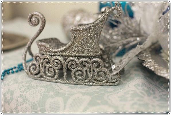 【小猴媽❤大創】聖誕節ㄟ居家佈置。拉哩溝~拉哩溝~歡迎來到艾莎女王的冰雪世界 (21).JPG