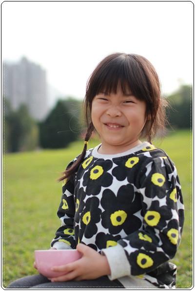 【小猴媽❤大創】 宛如夢幻婚禮般的粉嫩春日野餐 at 南港公園 (79).JPG