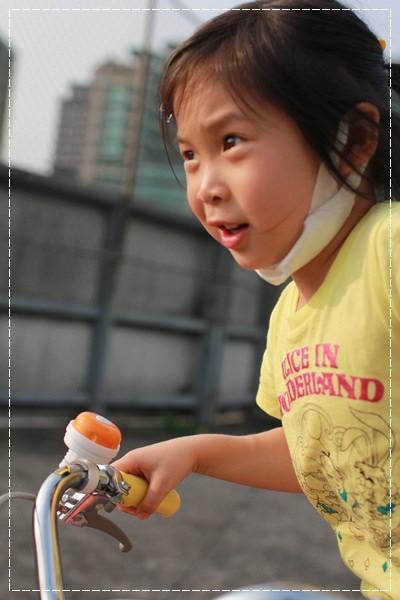 ﹝4Y8M4W2D﹞美堤河濱公園騎單車去 (19)