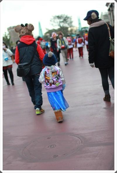 2015冬遊日本。東京迪士尼樂園之安娜與艾莎的冰雪夢幻 (125).JPG