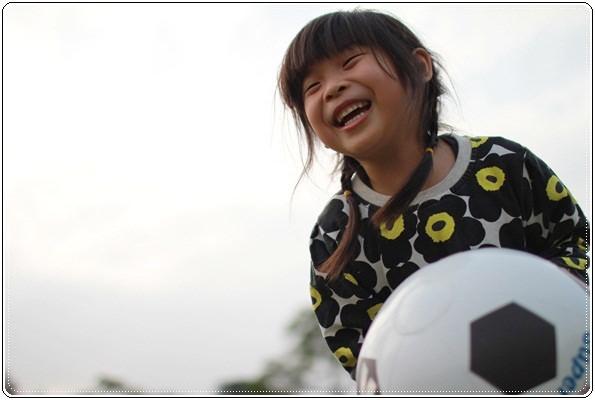 【小猴媽❤大創】 宛如夢幻婚禮般的粉嫩春日野餐 at 南港公園 (109).JPG