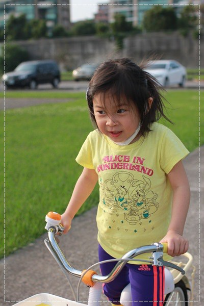 ﹝4Y8M4W2D﹞美堤河濱公園騎單車去 (12)