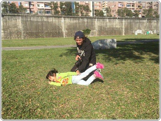 【小猴媽❤大創】轟金透ㄟ野餐日at 美堤河濱公園 (98).jpg