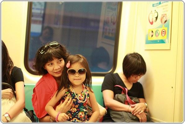 2014員工暨家族旅遊。驚險刺激X悠閒放鬆的都市小旅遊 (14).JPG