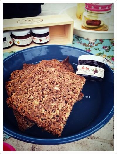 露營野餐的好夥伴:Mestemacher麥大師德國麵包&D'arbo德寶果醬蜂蜜 (24).jpg