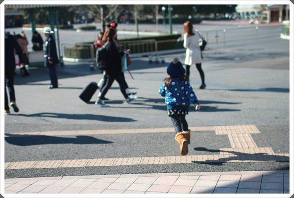 2015冬遊日本。東京迪士尼樂園之安娜與艾莎的冰雪夢幻 (19).JPG