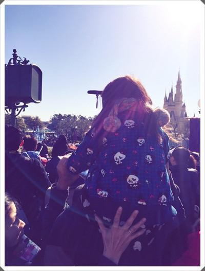 2015冬遊日本。東京迪士尼樂園之安娜與艾莎的冰雪夢幻 (130).jpg