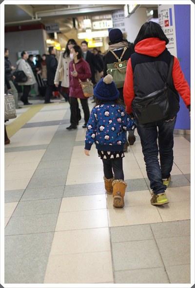 2015冬遊日本。東京迪士尼樂園之安娜與艾莎的冰雪夢幻 (8).JPG