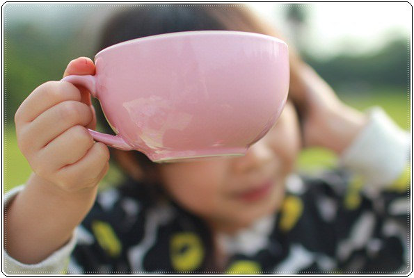 【小猴媽❤大創】 宛如夢幻婚禮般的粉嫩春日野餐 at 南港公園 (77).JPG