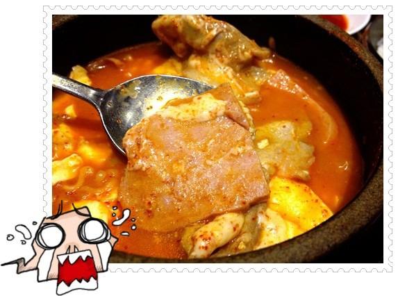 ﹝4Y8M2W3D﹞九尾韓國豆腐煲◎媽媽耍任性~硬是要吃了泡菜鍋才要去韓國!! (6)