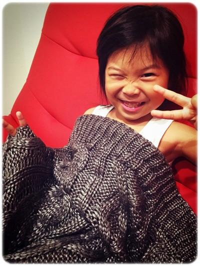 【小猴媽❤佈置】HOLA。溫暖直通心房的HH金屬光澤編織毯 (14).jpg