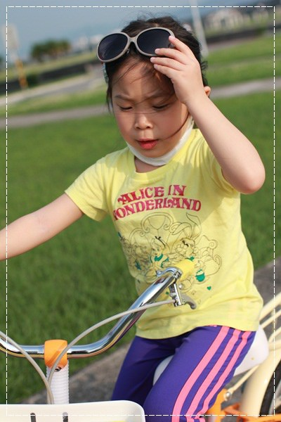 ﹝4Y8M4W2D﹞美堤河濱公園騎單車去 (7)