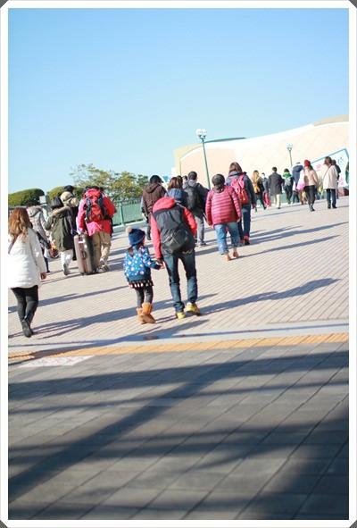2015冬遊日本。東京迪士尼樂園之安娜與艾莎的冰雪夢幻 (10).JPG