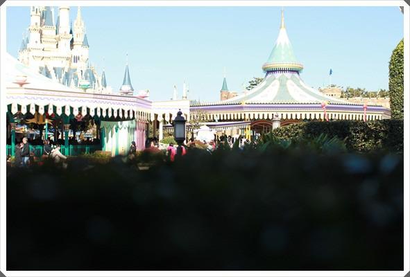 2015冬遊日本。東京迪士尼樂園之安娜與艾莎的冰雪夢幻 (48).JPG