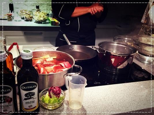﹝邀約﹞你知我知好學網◎『MARCO老師的義大利經典系列課程』第二季:道地起士白醬製作+松露野菇濃湯+焗烤海鮮筆管麵 (5).jpg