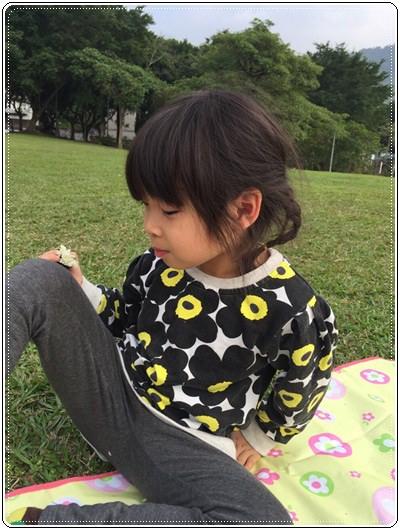 【小猴媽❤大創】 宛如夢幻婚禮般的粉嫩春日野餐 at 南港公園 (4).jpg