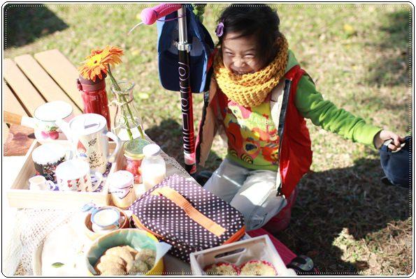 【小猴媽❤大創】轟金透ㄟ野餐日at 美堤河濱公園 (14).JPG