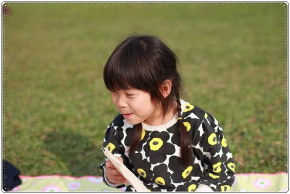 【小猴媽❤大創】 宛如夢幻婚禮般的粉嫩春日野餐 at 南港公園 (68).JPG