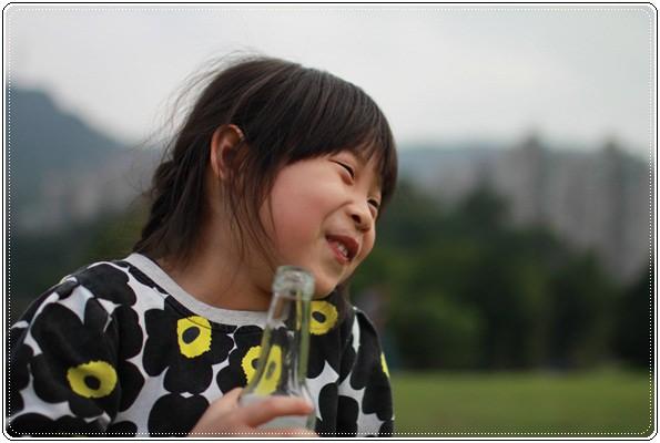 【小猴媽❤大創】 宛如夢幻婚禮般的粉嫩春日野餐 at 南港公園 (121).JPG