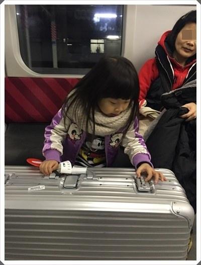 2015冬遊日本。六天3套保暖又好看的母女裝穿搭分享 (27).jpg