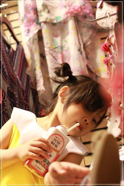 ﹝3Y10M1W6D﹞到底是來吃飯還是拍寫真集啊!@福勝亭TONKATSU日式豬排專賣 (2)