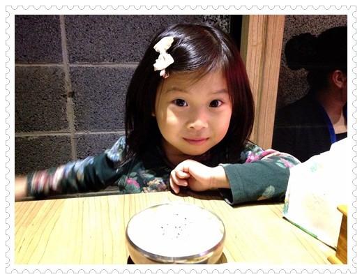 ﹝4Y8M2W3D﹞九尾韓國豆腐煲◎媽媽耍任性~硬是要吃了泡菜鍋才要去韓國!! (1)