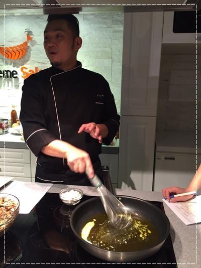 ﹝邀約﹞你知我知好學網◎『MARCO老師的義大利經典系列課程』第二季:道地起士白醬製作+松露野菇濃湯+焗烤海鮮筆管麵 (10).jpg
